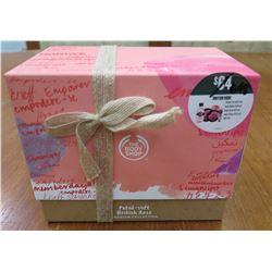 British Rose Gift Box: Gel, Body Butter, Scrub, Hand Cream, etc