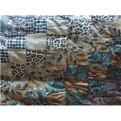 Hand Sewn Quilt approx 70x54