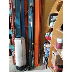 POLE PRUNER, SAW BLADE AND GRABBER AND HOSE WANDS
