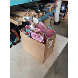 BOX OF HEADBANDS AND ACCESSORIES