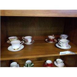 LOT OF 6 ROYAL ALBERT CUPS AND SAUCERS