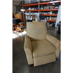 MOTIONCRAFT UPHOLSTERED RECLINER