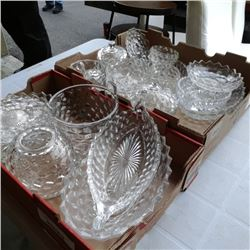 Lot of faustoria serving pieces