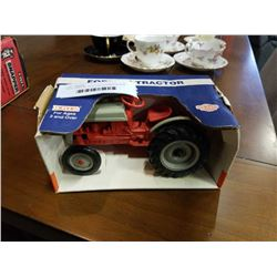 ERTL FORD 8N TRACTOR IN ORIGINAL BOX