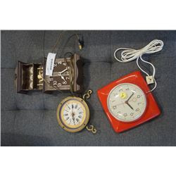 3 VINTAGE CLOCKS - GENERAL ELECTRIC, VILLA ARNO AND OTHER
