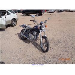 2002 - HONDA MOTORCYCLE
