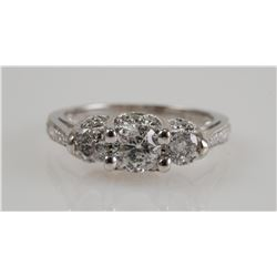 Lady's 18K White Gold & DIAMOND Ring