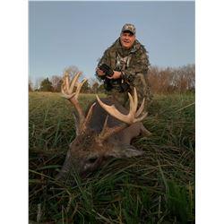 6 day/5 night - Missouri Whitetail Hunt - 1 buck, 1 doe, 2 eastern turkeys for 2 Hunters