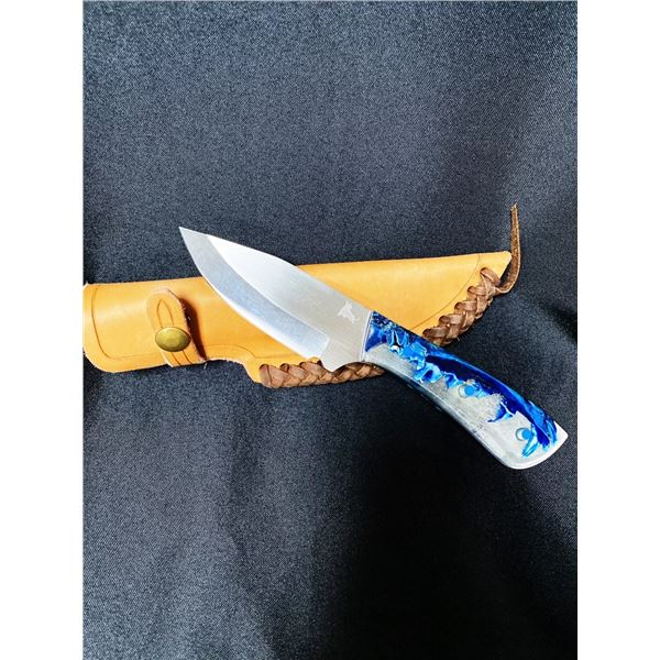 Coyote Jaw Knife