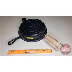 Stover Cast Iron Waffle Iron