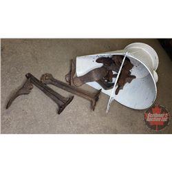 Coal Skuttle w/Cobbler Shoe Lasts