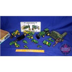 Tray Lot - John Deere Toys & Lic Plate