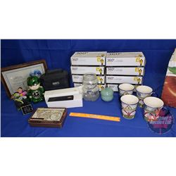 Box Lot - Variety of Household Décor, Cups, Food Prep Gloves, etc !