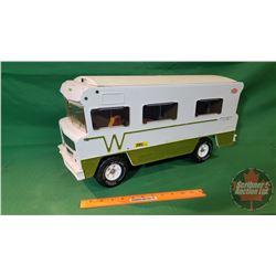 "Tonka Toy : Winnebago Indian Motorhome (22""L x 10-1/2""H)"