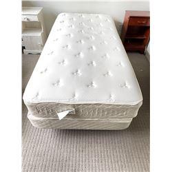 Adjustable medical single bed