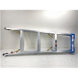 LITE 4 foot Ladder