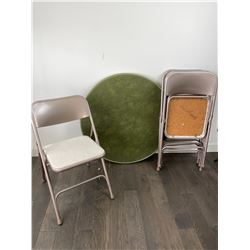 4 Folding Chairs and Table