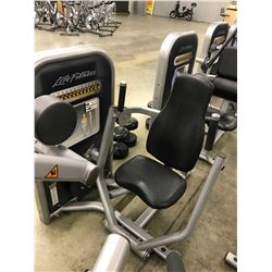 LIFE FITNESS CHEST PRESS STATION