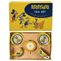 Mickey Mouse and Friends Disneyland Tea Set.