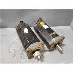 (2) FANUC A06B-0257-B200 SERVO MOTOR (LABEL WORN BUT SIMILAR MAKE) *SEE PICS FOR DETAILS*