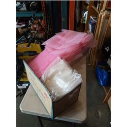 BOX AND TRAY OF BUBBLE WRAP BAGS