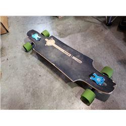Bustin longboard