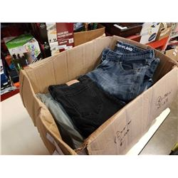 BOX OF JEANS