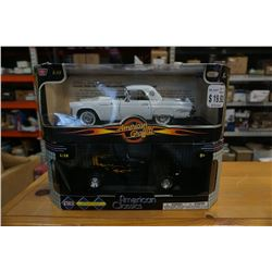 2 MOTOR MAX 1:18 SCALE DIE CAST CARS - 1932 FORD COUPE AND 1956 THUNDERBIRD