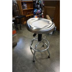 STAINLESS GAS LIFT STOOL