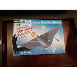 REVELL B-2 ADVANCE TECHNOLOGY BOMBER MODEL