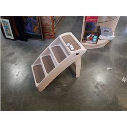 Folding pet stairs