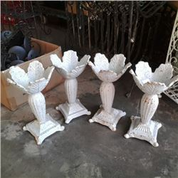 Lot of 4 heavy metal flower pedal stands