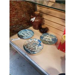 3 SHIP COLLECTOR PLATES AND 2 JUGS
