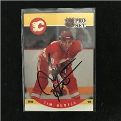 TIM HUNTER SIGNED NHL PRO SET HOCKEY CARD