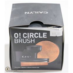 CAILYN O! CIRCLE BRUSH. INCLUDES BRUSH & STORAGE