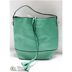 GREEN HANDBAG WITH GOLD TONE ACCENTS