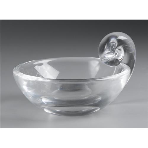326f27474f4 SMALL STEUBEN GLASS BOWL