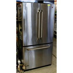 G.E. STAINLESS STEEL FRIDGE/FREEZER- FRENCH