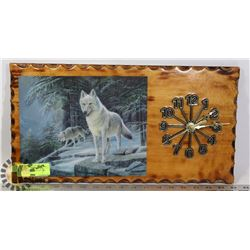 RUSTIC WOOD WOLVES PICTURE WALL CLOCK