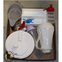 PLASTICWARE- BOX LOT ASSORTED