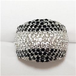 SILVER CUBIC ZIRCONIA  RING (~SIZE 7)