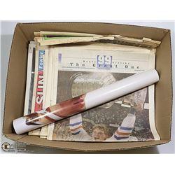 BOX OF VINTAGE WAYNE GRETZKY