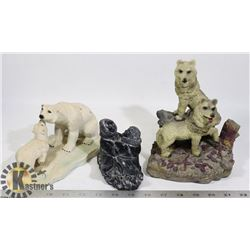 LOT OF WINTER CARVINGS