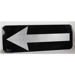 ROAD TRAFFIC DIRECTIONAL SIGN 3M TECHNOLOGY