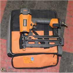 RIDGID STRAIGHT FINISH NAILER WITH BAG AND NAILS