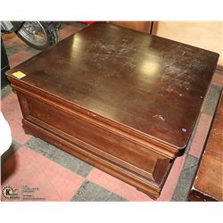 LARGE WOOD SQUARE COFFEE TABLE WITH DRAWERS