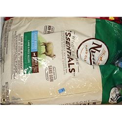13.61KG BAG OF NUTRO LAMB AND RICE DOG FOOD