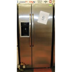 "GE STAINLESS STEEL 33"" 22CU FT SIDE BY SIDE FRIDGE"
