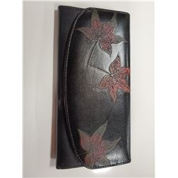 LADIES LEATHER WALLET W/CARD HOLDER