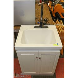 LAUNDRY TUB WITH CABINET & PULL OUT FAUCET